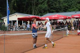 Tennisspielen in Werningerode